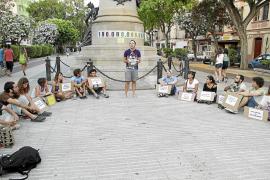 IBIZA PROTESTA POR RESCATE FINANCIERO