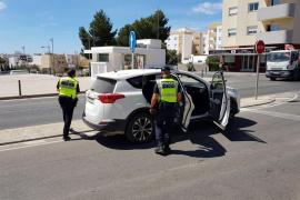 La Policía Local de Santa Eulària denuncia a cinco conductores por incumplir el estado de alarma