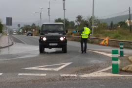La Guardia Civil controla las carreteras para evitar traslados a segundas residencias