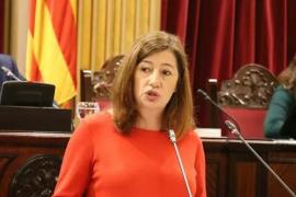 Armengol defiende que Baleares ha adoptado «medidas drástricas» para «adelantarse» al coronavirus