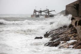 El oleaje pone en riesgo este martes a Ibiza y Formentera
