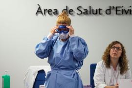 Ibiza supera la media nacional de profesionales sanitarios que han dado positivo por coronavirus