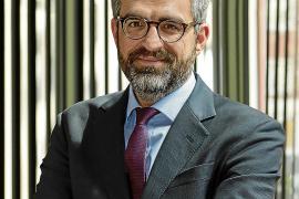 Javier Sola, abogado: «Será complicado absorber a todos los trabajadores»