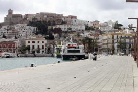 La contaminación se reduce un 33,4% en el puerto de Ibiza
