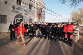 El recorrido de Piruleto por las calles de Sant Antoni, en imágenes (Fotos: Marcelo Sastre).