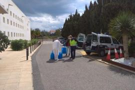 El Consell entrega material sanitario a residencias de Ibiza en colaboración con la Policía Nacional