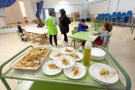 Las tarjetas prepago de ayudas de comedor contarán desde este miércoles con 40 euros más