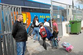 Educación paraliza el proceso para pedir plaza en los colegios para el próximo curso