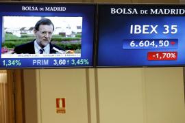 El Ibex se desploma un 2,96% mientras que la prima de riesgo se dispara a los 574 puntos