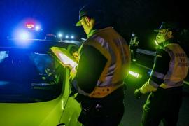 La policía aumentará los controles nocturnos en carretera durante Semana Santa