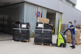 Bruselas anuncia un cargamento de equipos de protección personal a España donado por Taiwán