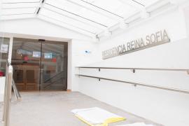 Un rebrote de nueve contagiados en la residencia Reina Sofía frena en seco el optimismo en las Pitiusas