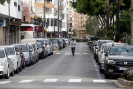 La vuelta al trabajo de algunos sectores no se nota demasiado en las calles de Ibiza