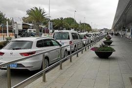 Los taxistas comienzan a presentar ERTEs a sus empleados