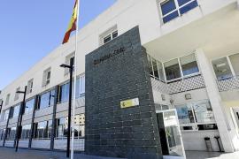 La Guardia Civil investiga el asalto a un almacén de alimentos y bebidas de Sant Josep
