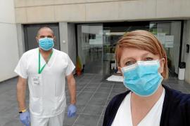 De las aulas a primera línea: Estudiantes de FP del IES Algarb luchan contra el coronavirus en residencias y centros de asistencia