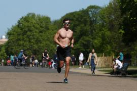 Sanidad admite que permitir hacer deporte es otra medida que está sobre la mesa
