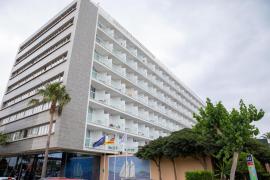 Acuerdo histórico entre hoteleros y sindicatos para salvar el empleo