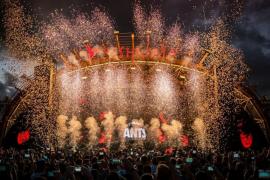 Ushuaïa y Hï Ibiza suspenden sus 'openings' y todas sus fiestas de mayo