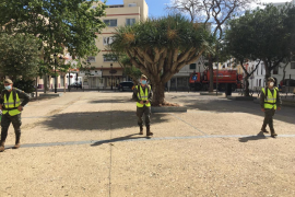 Militares patrullando por el centro de Ibiza