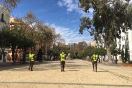 Los militares patrullando por Ibiza, en imágenes