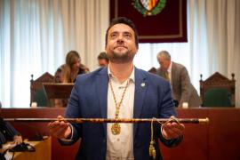 Dimite el alcalde de Badalona tras ser detenido por conducir ebrio