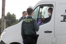 Arrestado en Formentera por celebrar una fiesta en una vivienda