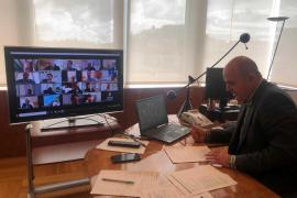 El Consell d'Eivissa confirma a empresarios y patronal que trabaja en medidas para incentivar la economía