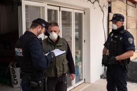 La Policía Local de Formentera vigila las obras para que se cumplan las medidas de prevención