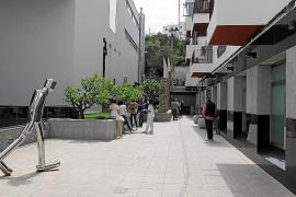 El Govern y el Gobierno usan los test rápidos de los que desconfía Rafa Ruiz