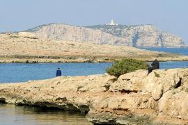 Sant Josep considera «urbana» Punta Pedrera y estudiará cuántos apartamentos deja hacer