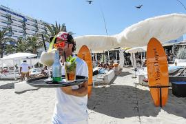 La restauración se agarra en 2020 a los beach clubs y a las terrazas