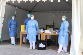 Más de 600 sanitarios de las Pitiusas se someten al test para comprobar si están contagiados