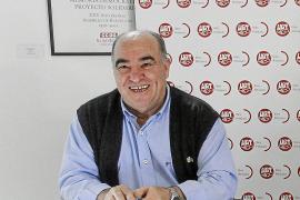 Fernando Fernández, UGT: «La temporada normal no tiene solución salvo que se prolongue, pero es difícil»