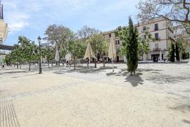 Sin gente por las calles en el comienzo oficial de la temporada de verano
