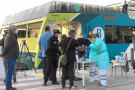 Detectan posibles casos de coronavirus entre pasajeros que iban a Formentera