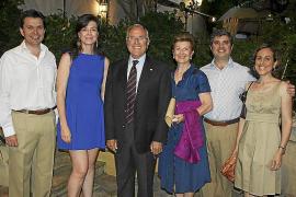 El Círculo Mallorquín celebra su cena de verano con un homenaje a Fernando Alzamora