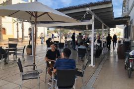 Formentera permite ampliar la ocupación de las terrazas de los establecimientos de hostelería