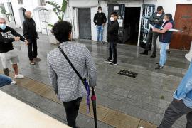 Los comerciantes del puerto de Ibiza piden no pagar por las terrazas