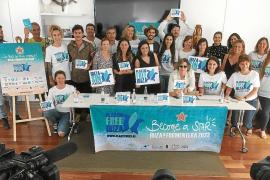 Integrantes de Plastic Free Ibiza y Formentera y representantes de algunas empresas certificadas.