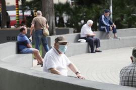 El uso de la mascarillas por las calles de Ibiza en imágenes