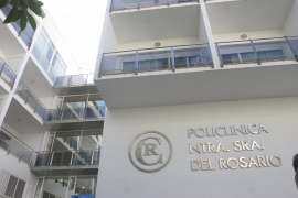 Herido grave un joven motorista tras chocar contra un coche en Ibiza