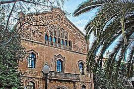 Colegio Mayor Ramon Llull