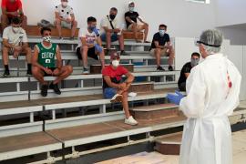 La Peña Deportiva se somete a los test y Casañ suena para el Hércules