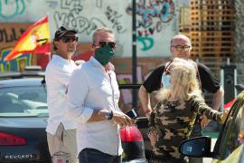 La manifestación motorizada de Vox congrega en Ibiza a más de 150 vehículos, en imágenes (fotos de Marcelo Sastre).