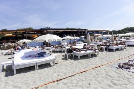 Los concesionarios de playas piden «instrucciones claras» y reducción de costes para la temporada
