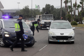 Detenido un joven 'cazado' tomando imágenes de una mujer por debajo de la falda en Ibiza
