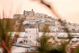 Descubre la magia de Ibiza