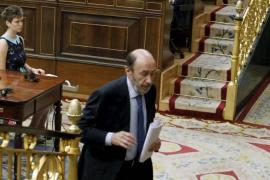 Rubalcaba propone a Rajoy un «gran acuerdo nacional» hasta 2015