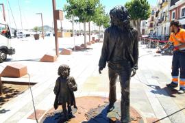Limpiado el monumento hippy de Ibiza tras unos actos vandálicos
